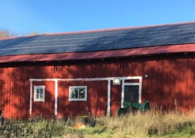 Solenergi driver lantbruk i Enköping