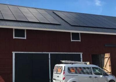 Solceller på gård i Grillby (Enköping) 34,1 kW