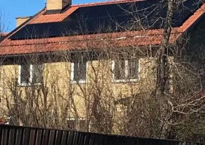 Solceller på villa i Västerås